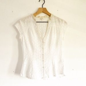 Joie button up top